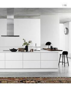 "White kitchen ""ORRA OPACO"" by Designa. (Source: Designa Online Catalogue 3/2015, www.designa.dk)"