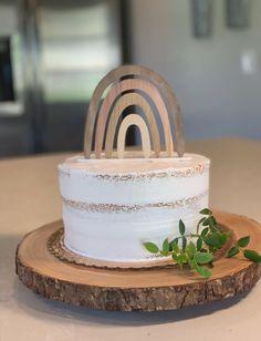 Rainbow First Birthday, First Birthday Cakes, Birthday Cake Girls, Girl First Birthday, Birthday Cake Toppers, Baby Birthday, Rainbow Theme, Baby Cake Topper, Birthday Ideas