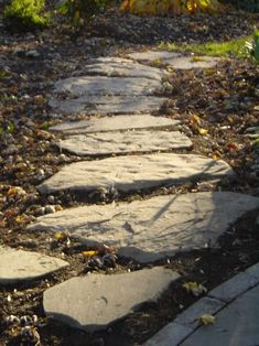Natural stone stepping stones | ... path (before and after pics) - Gardening with Stone Forum - GardenWeb
