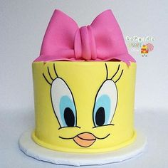 No photo description available. Baby Girl Cakes, Baby Birthday Cakes, Fondant Cakes, Cupcake Cakes, Tweety Cake, Mini Mouse Cake, Cake Designs For Kids, Creative Cake Decorating, Bird Cakes