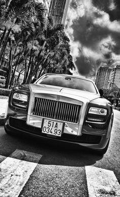 Rolls Royce Black