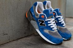 New Balance Spring ML999 Knicks: TSAMFW #6 http://losperrosnobailan.blogspot.com/2013/04/these-shoes-are-made-for-walking-6.html?spref=tw