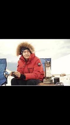 Eskimo boy LMH