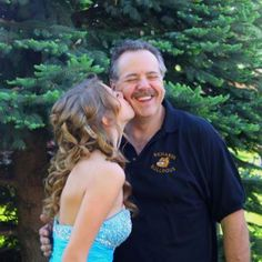 This was my must have prom picture <3 Daddy