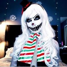 Scary Snowman/Snowlady | Community Post: 32 Jaw-Dropping Halloween Makeup Ideas