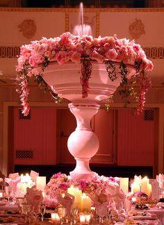 WOW a Preston Bailey Design, Cascading Centerpiece with a water fountain! Pastel Pink Weddings, Purple Wedding, Floral Wedding, Dream Wedding, Beautiful Flower Arrangements, Floral Arrangements, Pink Centerpieces, Centrepieces, Preston Bailey Wedding