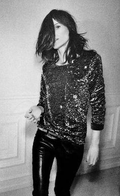 Emmanuelle Alt, Fashion Director of Vogue Paris, never fails to look badass. Emmanuelle Alt, Pastel Outfit, Rock Style, Style Me, American Apparel, Zalando Style, Street Style Vintage, Silvester Outfit, Looks Party