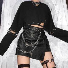 Goth Dark Black Punk Grunge Gothic Sweatshirt Women Harajuku Eyelet Patchwork Cropped Hoodies Autumn 2019 Hollow Out Sweatshirts Gothic Outfits, Edgy Outfits, Retro Outfits, Grunge Outfits, Cute Casual Outfits, Goth Girl Outfits, Black Outfit Grunge, Black Grunge, Grunge Goth
