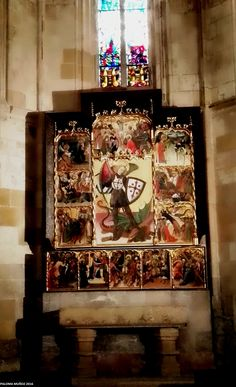 Detalle del retablo de San Miguel. Detail of the altarpiece of Saint Michael.