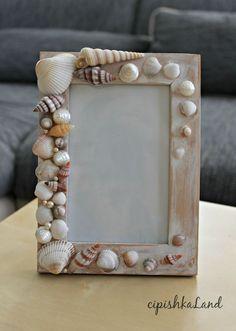 seashells photo frame;