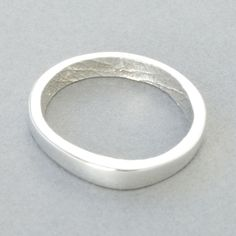 You & Me wedding/eternity ring (silver/yellow gold/rose gold/white gold/palladium/platinum) Cast from your partner's finger so you are always holding hands. Body Cast, Seattle Wedding, Eternity Ring, Wedding Bands, Wedding Ring, Beautiful Rings, Wedding Inspiration, Wedding Ideas, Fashion Accessories