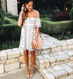 Lauren Kay Sims wears the Sam Edelman Yardley sandal with an off-the-shoulder frock for a weekend look.