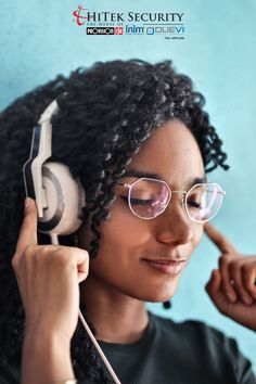 Do you have a favourite podcast that you love to listen to?   Share with us who you listen to and enjoy learning from. Fun Learning, How To Apply, Blog, Blogging