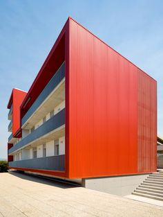 aguilera guerrero arquitectos: social housing building in tarragona | designboom