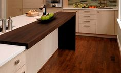 Wood kitchen bar counter: Contemporary Wenge Dark Wood Countertop by Grothouse contemporary kitchen countertops Kitchen Bar Counter, Breakfast Bar Kitchen, Kitchen Benches, Diy Kitchen, Kitchen Decor, Counter Tops, Kitchen Wood, Awesome Kitchen, Retail Counter