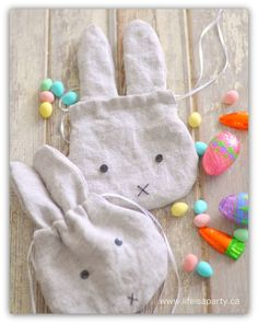 Linen Easter Bunny Drawstring Treat Bags - Free Sewing Project from Dannyelle of Life is a Party