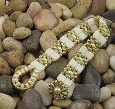 SUPERDUO CZECHMATE TILE Bracelet - Ultra Green Luster SuperDuos - IvoryTiles - Gold Seed Beads - Beaded Flower Button(SD128)
