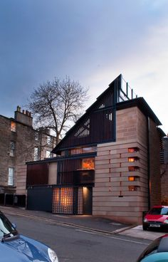 This project is a very rare example of the construction of a contemporary house within the World Heritage Site of the New Town of Edinburgh. Designed by Richard Murphy, OBE, for his own use it is consequently someth. World Heritage Sites, Architects, Buildings, Construction, Exterior, Houses, Contemporary, Mansions, House Styles