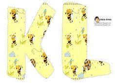 Oh my Alfabetos!: Alfabeto abejitas en fondo amarillo.