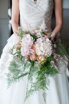 Beautiful Baroque Bridal Shoot | Linen and Silk Weddings | Fiona Kelly Photography | Bridal Musings Wedding Blog 11