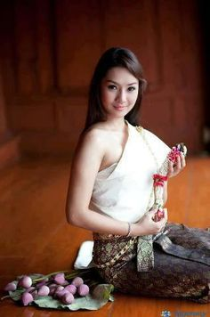 Thai beauties | Beautiful thai women | Women in Thailand