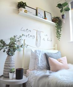 Transform your college dorm room using soft furnishings, accessories, artificial plants and stylish interiors. Clever storage ideas and ways to personalise a small, plain single rented bedroom. You can create a beautiful home from home while you're away at college! #studentroom #collegedorm #collegeroom #dormdecor #dormroom #dormroomideas #dormroomdecoratingideas #dorm #universityroom #studentbedroom #houseplants #houseplantclub #scandinavianstyle