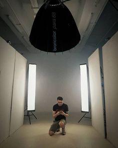 Hey I'm the model today! #broncolorsg #broncolor #bron.sg #parafb #para88 #scoro3200s #scoroa2s #sirosl800 #lightningfeet