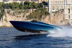 Aston Martin AM37S boat - speed