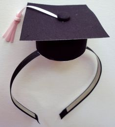 how to put headband in graduation cap