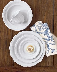 Pillivuyt Queen Anne 5-Piece Place Setting The collection is made in France by Pillivuyt, a company respected for fine tableware since 1818. Microwavable and dishwasher safe.