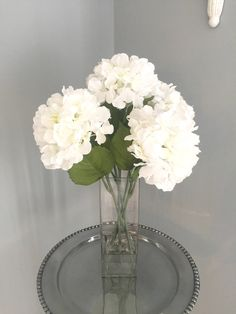 White Hydrangea Centerpieces, Faux Flower Arrangements, Hydrangea Not Blooming, Faux Flowers, Glass Vase, My Etsy Shop, Dining Room, Dining Table, Dinner Ideas