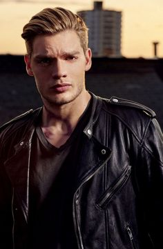 Dominic Sherwood as Jace W. Jace Wayland, Isabelle Lightwood, Cassandra Clare, Maximum Ride, Catching Fire, Hot Actors, Actors & Actresses, Thomas Brodie Sangster, Dominic Sherwood Shadowhunters