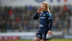Faf de Klrek estende il contratto di Sale Sharks fino al 2023 Rugby Players, My Memory, Sharks, Fitness, Bikinis, Photos, Sports, Shark, Bikini