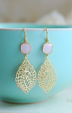 Pink Glass Gold Paisley Filigree Dangle Earrings Gold