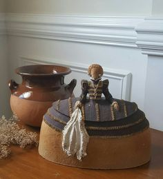 dicke frau luise keramik figur von margit hohenberger. Black Bedroom Furniture Sets. Home Design Ideas