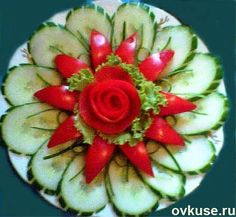 Ideas For Fruit Platter Display Recipe Veggie Art, Fruit And Vegetable Carving, Fruit Decorations, Food Decoration, Food Design, Salad Presentation, Deco Fruit, Veggie Platters, Food Carving