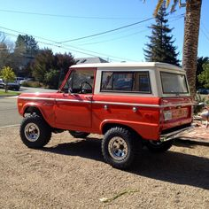 Bright orange uncut classic early ford bronco