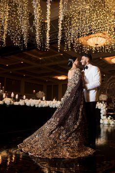 The Trailing HandCrafted signature is giving major wedding goals ! Sikh Wedding Dress, Wedding Poses, Wedding Couples, Wedding Stage, Farm Wedding, Indian Wedding Couple, Big Fat Indian Wedding, Indian Weddings, Hindu Weddings