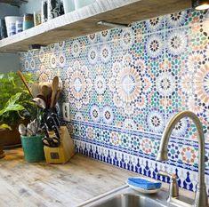 Placi decorative in stil marocan in tonuri de albastru