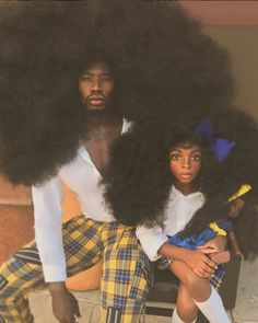 Benny Harlem and his beautiful daughter celebrate black excellence ✊🏾 Black Girls Hairstyles, Afro Hairstyles, Benny Harlem, Curly Hair Styles, Natural Hair Styles, Beautiful Black Hair, Pelo Afro, Pelo Natural, We Are The World