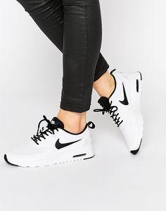 Bild 1 von Nike – Air Max Thea – Sneakers in Weiß & Schwarz