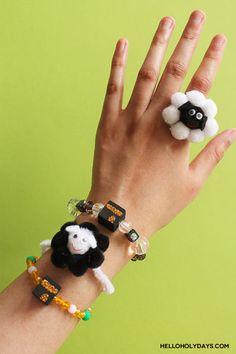 DIY Eid al Adha Jewelry by Hello Holy Days! Diy Eid Gifts, Eid Activities, Eid Party, Eid Al Adha, Embroidery Scissors, Art N Craft, Gel Pens, Perler Beads, Craft Stores