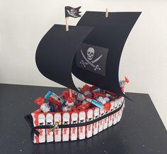 Piraten Kinderriegel Torte Piratenparty