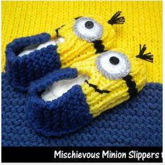 My next loom knitting inspiration minion slippers Loom Knitting Projects, Loom Knitting Patterns, Yarn Projects, Free Knitting, Crochet Projects, Crochet Slippers, Knit Or Crochet, Kids Slippers, Minion Crochet Patterns