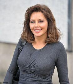Carol Vorderman States: 'I've never had botox!' - So Sue Me Carol Vordeman, Carol Kirkwood, Beautiful Muslim Women, Kim Basinger, Holly Willoughby, Sexy Older Women, Sexy Women, Tv Presenters, Sophia Loren