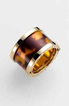 Michael Kors tortoiseshell barrel ring.