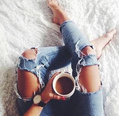 #günaydın #goodmorning #fashionlover #fashionista #fashionblogger #fashionable #rain #rainyday #lovely #morning #weekend #vintage #vintagestyle #vintagestil #vintagefashion #happy #tea #coffee #morningtea #alışveriş #design #instagood #instalove #instamood #cold #coldmorning