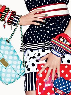 Effect polka dots Power Point: Spring's Top Five Accessory and Nail Art Trends Power Point: Spring's Top Five Accessory and Nail Art Trends Spring Tops, Teen Vogue, Vogue Magazine, Spring Trends, Colorful Fashion, Daily Fashion, Fashion Accessories, Polka Dots, Nail Art