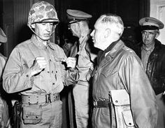 Discussing action immediately after Inchon landing