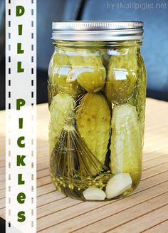 Garlic Dill Pickles Canning season is upon us and we're busy canning our bounty. I have to say our cucumbers were much more fruitful last year; in fact, we almost made it an entire year without buying a single j… Canning Pickles, Canning Tips, Canning Water, Home Canning Recipes, Pickling Cucumbers, Pickling Liquid Recipe, Chutney, Home Canning, Canning Recipes